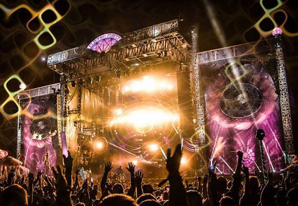 5 Reasons We're Hooping Into Hulaween